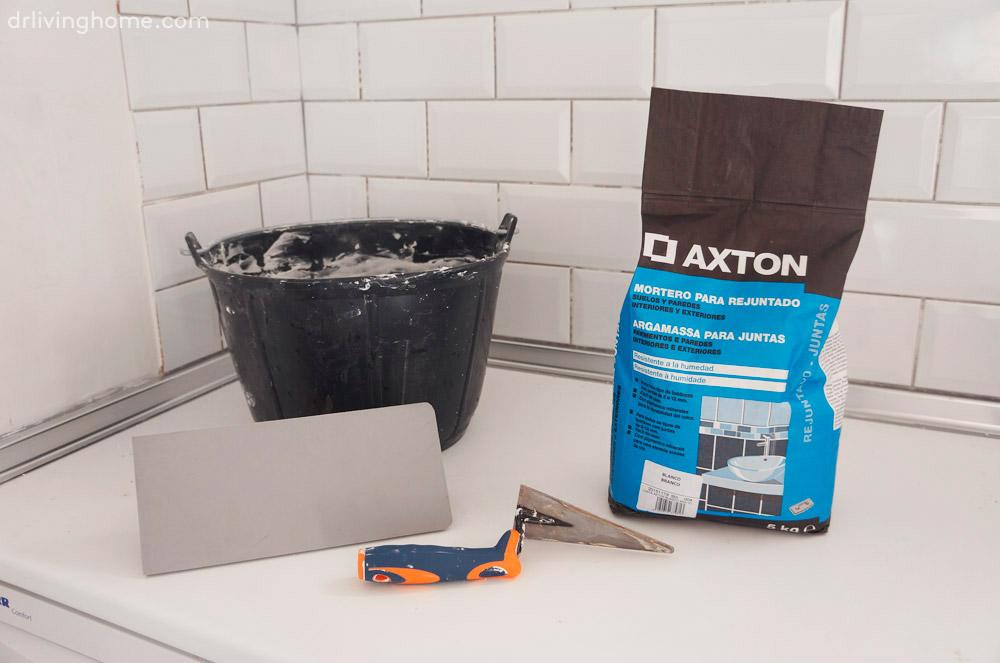 Renovar la cocina sin obras iii c mo alicatar sobre - Quitar azulejos cocina ...