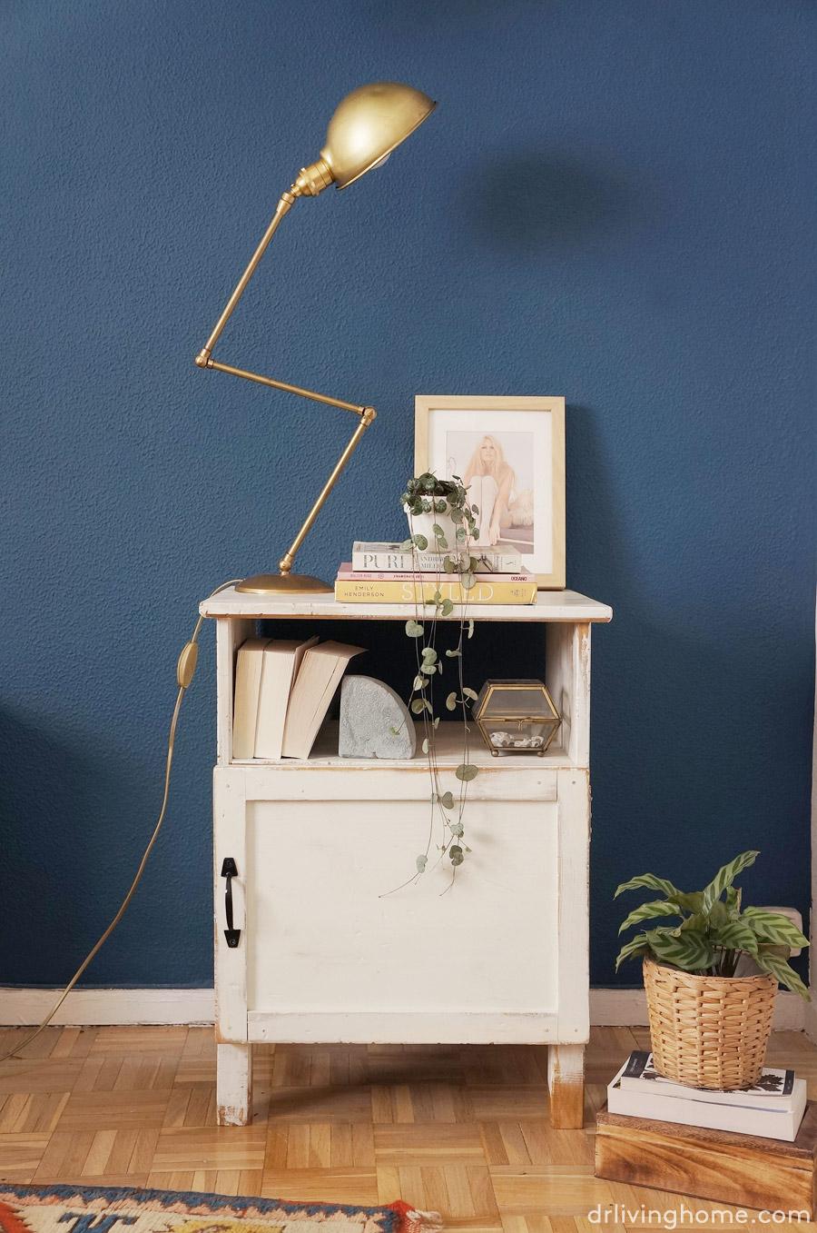 Ikea hack mesilla de noche r stica decoraci n online para tu casa blog decoraci n diy ideas - Lamparas mesillas de noche ...
