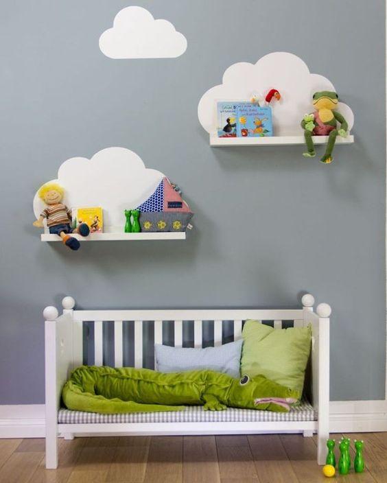 ¿Cómo decoro la pared de una habitación infantil?