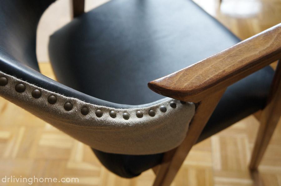 Como tapizar una silla con respaldo cool cmo tapizar unas for Como tapizar una silla de comedor con respaldo