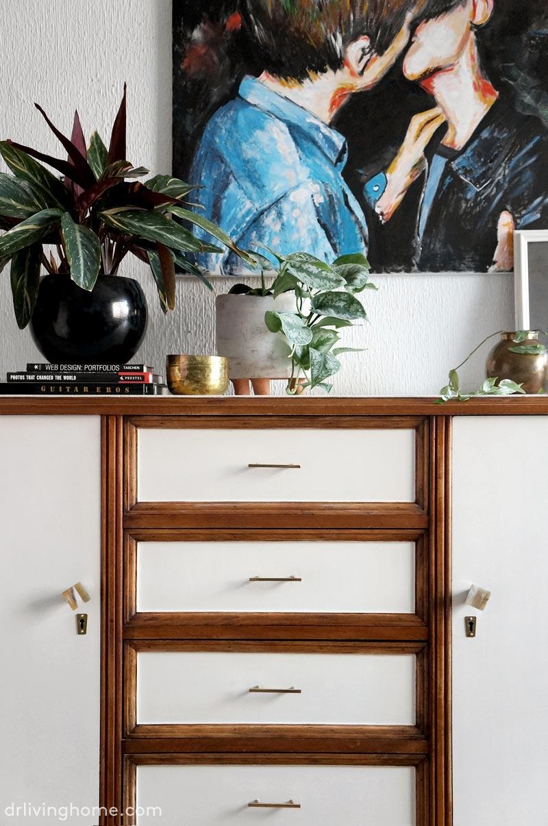 La transformaci n de un viejo aparador decoraci n online for Muebles de decoracion online