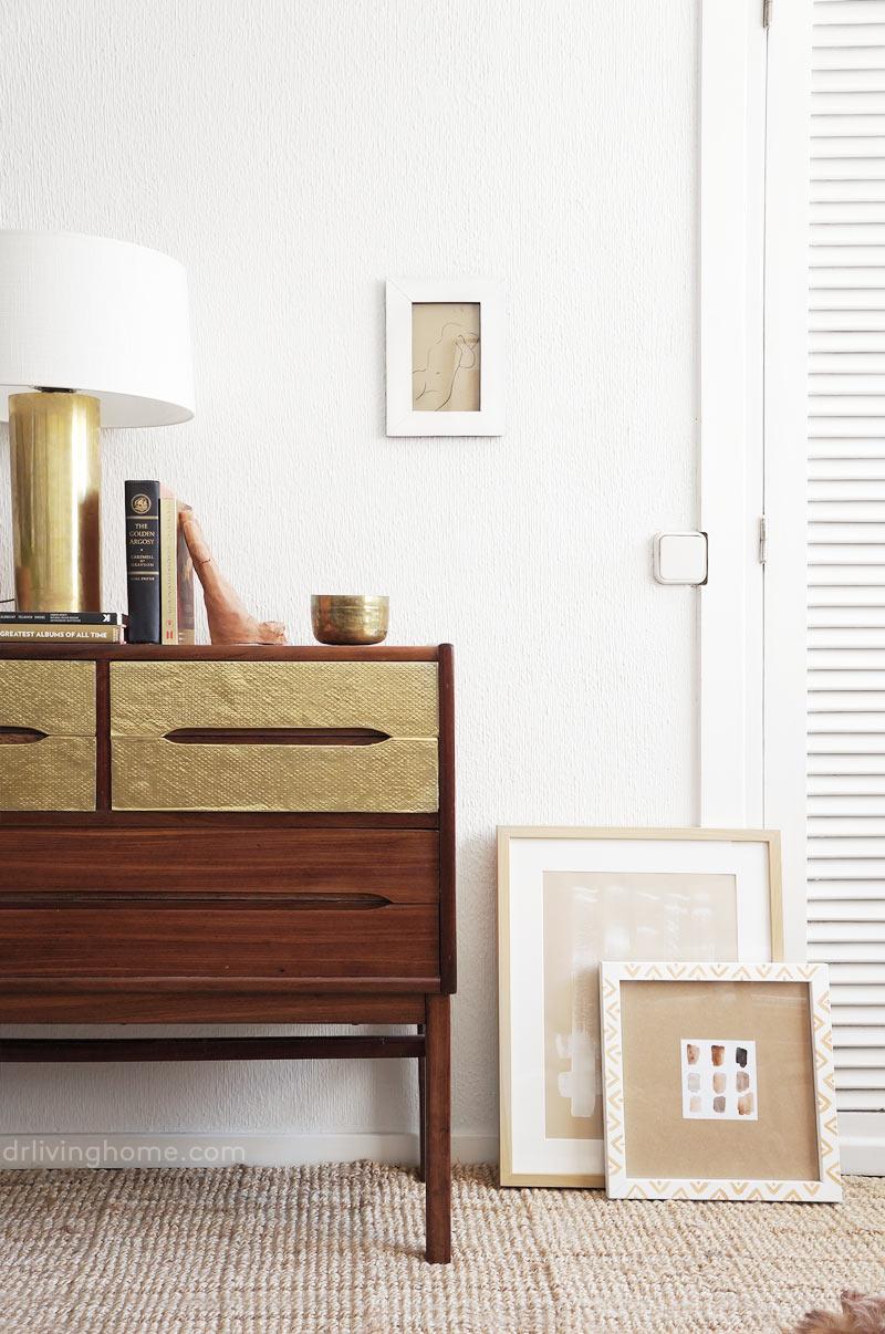 C mo renovar un mueble viejo con l minas de lat n for Muebles de decoracion online